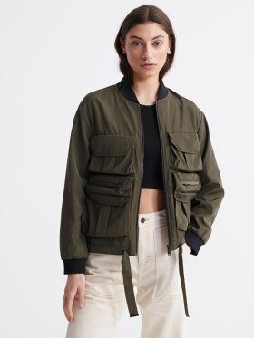 Superdry - NAMID POCKETS BOMBER